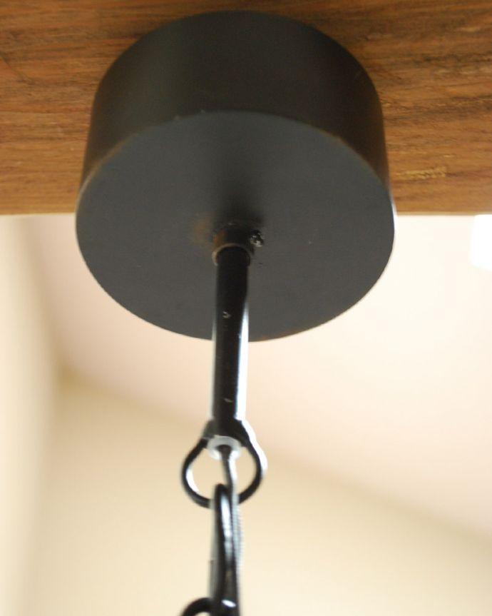 Handleオリジナル 照明・ライティング Handleオリジナル シャンデリア(コトン・ブラック・ビーズ・E17シャンデリア球3個付き)。取り付け部分も美しい・・・天井との接続部分には、高級感あふれるカバーを。(CR-002-4)