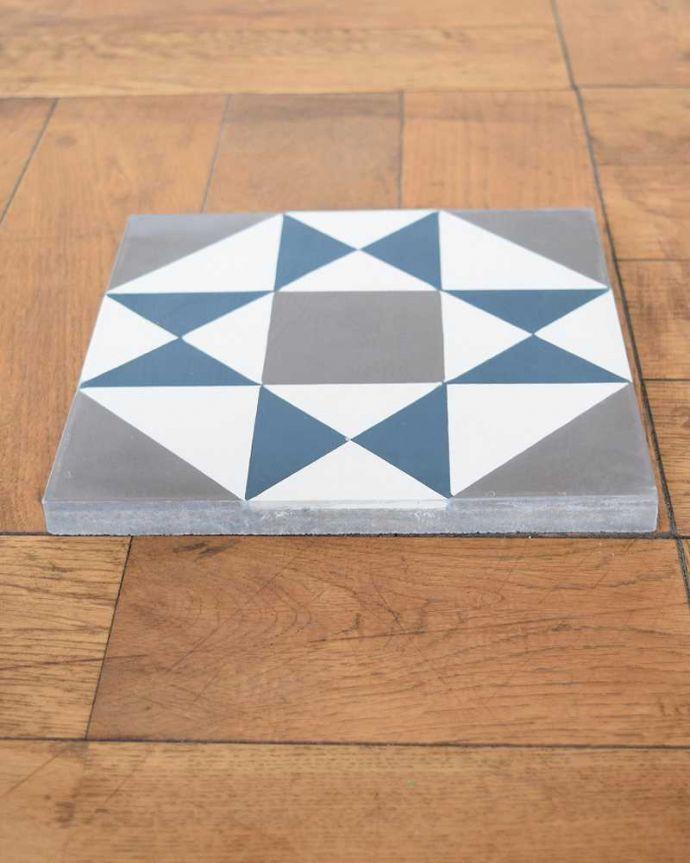 床材 お部屋づくりの材料(建材) デザインタイル(Carré)アンティーク風のおしゃれなダイヤ型デザイン。とっても丈夫厚みがあって丈夫なセメントタイル。(HOT-07)