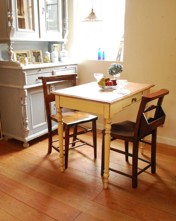 床材 お部屋づくりの材料(建材) Handleオリジナルの床材、 パインの床。Handleの店舗でも・・・Handleのお店の床も、このパイン材を使っています。(HOW-04)