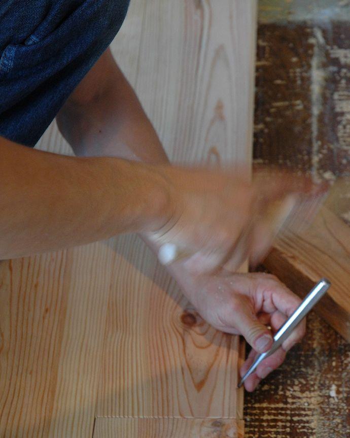 床材 お部屋づくりの材料(建材) Handleオリジナルの床材、 パインの床。一枚ずつ組み合わせます施主支給品です。(HOW-04)