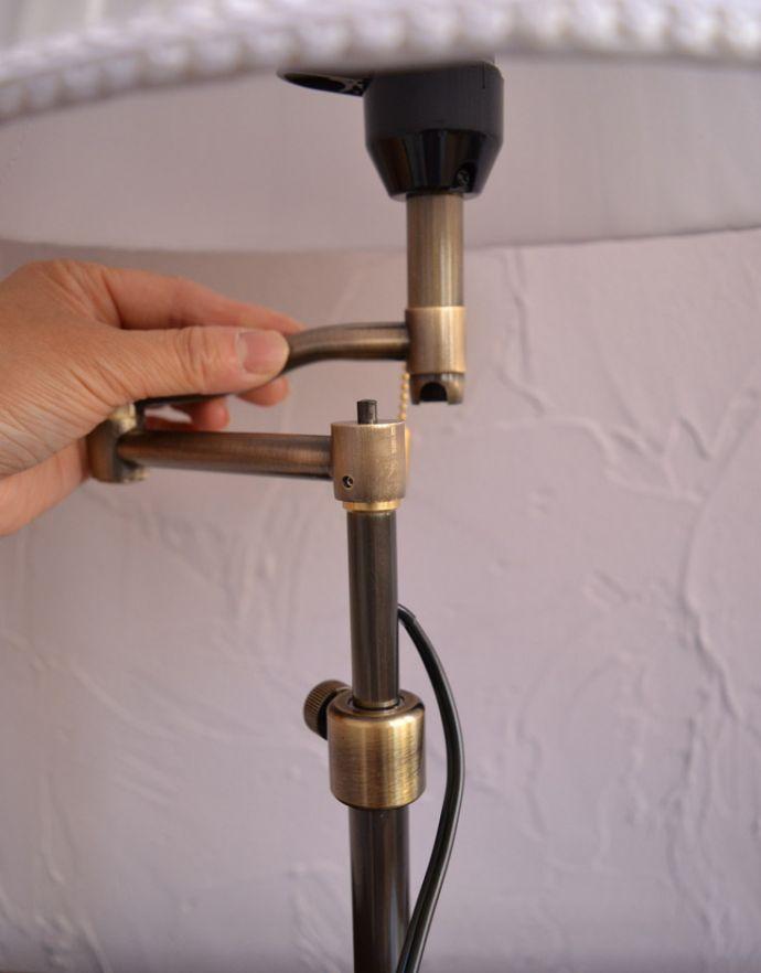 スタンドライト 照明・ライティング 布シェードからこぼれる柔らかな灯り、高さが調整できるテーブルランプ(プルスイッチ)(電球なし)。スタンドに方向を変える金具が付いてます。(TL-0031)