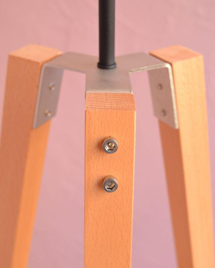 TL-0035 フロアランプ(照明)の組み立て金具