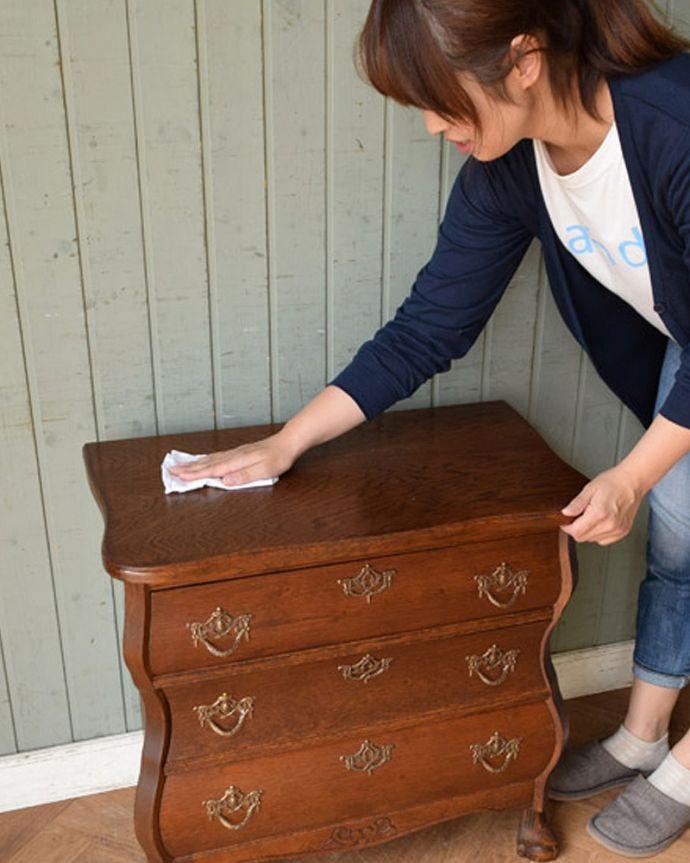 ワックス Handleのオリジナルサービス Handleの家具のお手入れ用ワックス。Handleの家具のメンテナンスに・・・テーブルやデスクは2~3カ月、チェストやキャビネットは1年に1度ほどワックスを塗るとキレイになります。(WA-004-C)