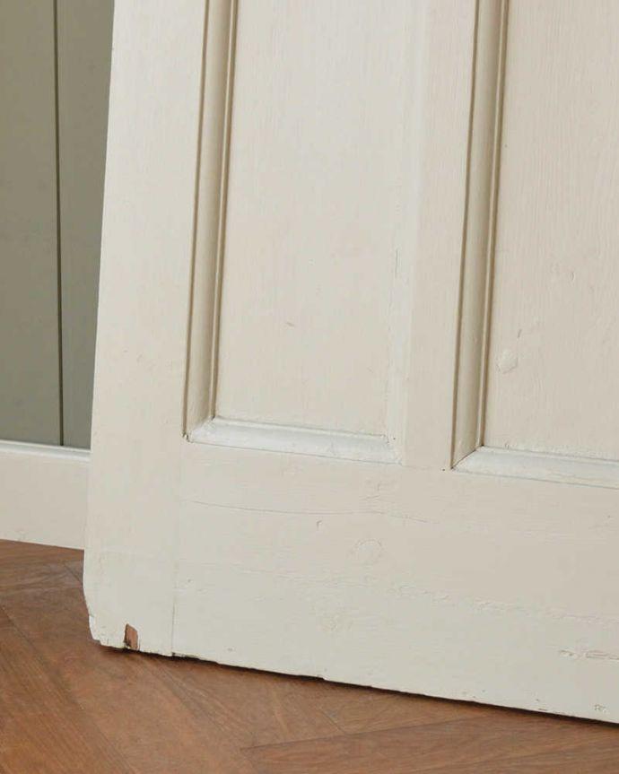 WN-0056 アンティークステンドグラス入りドアの脚元