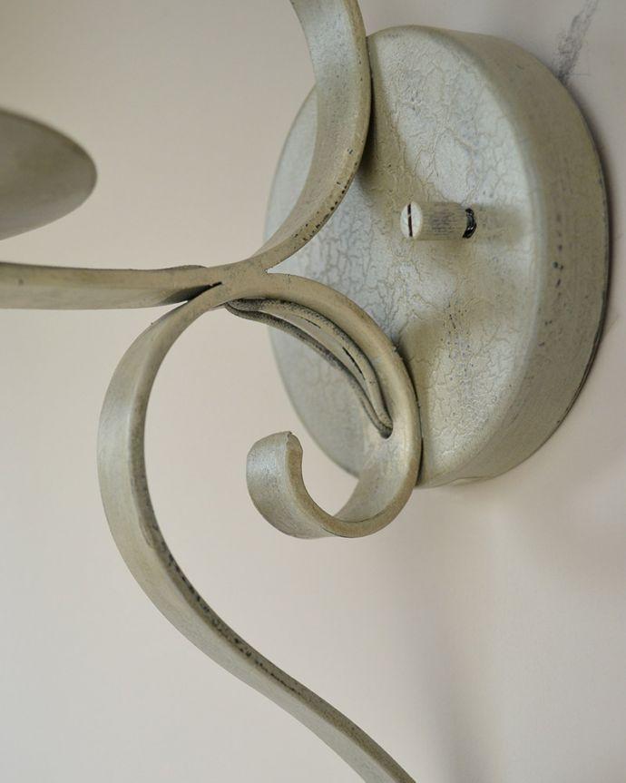 Handleオリジナル 照明・ライティング Handleオリジナル ウォールブラケット(コトン・ホワイト・E17シャンデリア球1個付き)。配線もキレイです壁に取り付けする部分も素敵に仕上げました。(WR-007)