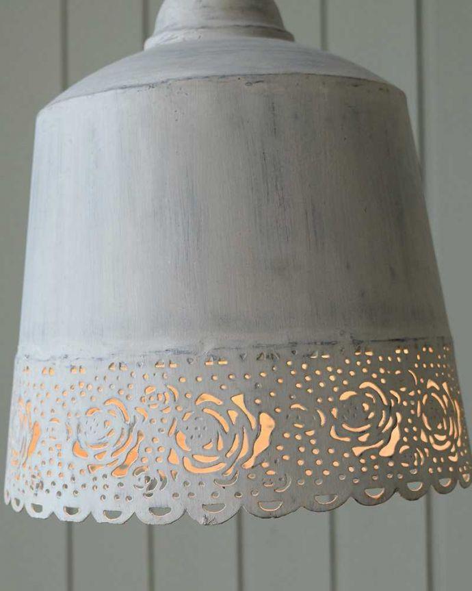 スタンドライト 照明・ライティング 浮かびあがる薔薇の模様が素敵なフランスCoquecigruesのフロアランプ。。(cf-1132)
