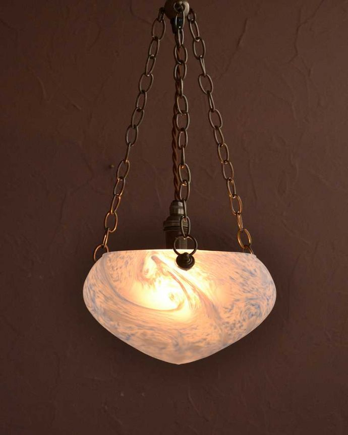 シャンデリア 照明・ライティング マーブル模様のガラスが美しいハンギングボウル(E17シャンデリア球1灯付)。。(cr-532)
