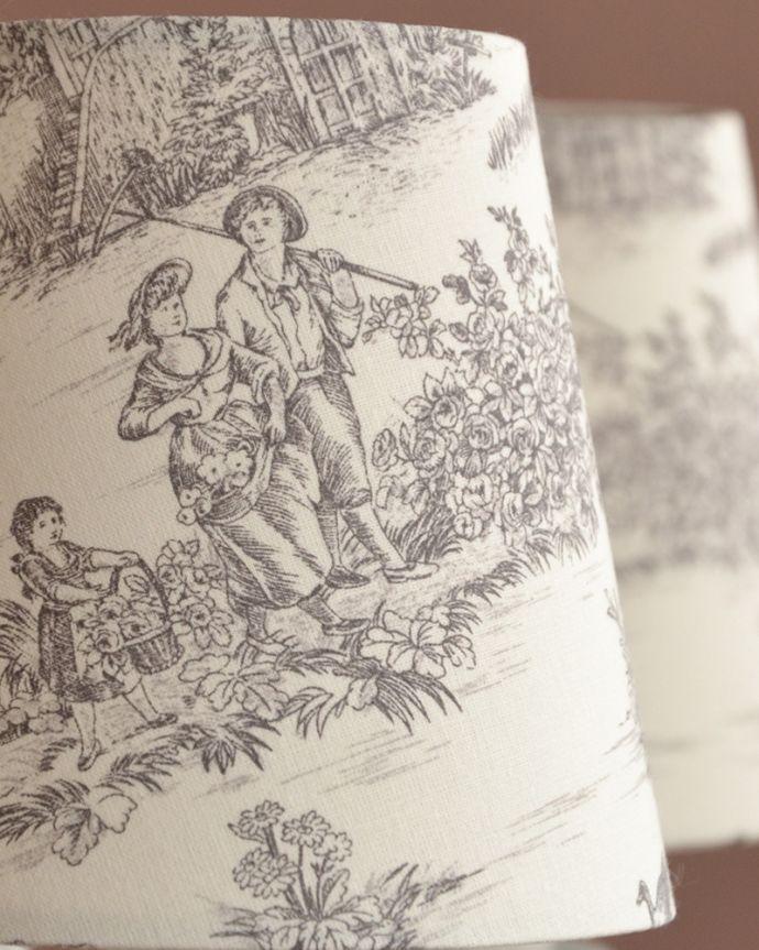 シャンデリア 照明・ライティング フランス風の5灯シャンデリア(トワルド・ジュイ・グレー・電球セット)。トワル・ド・ジュイの布シェードマリーアントワネットも愛した魅惑のフランス伝統の生地、トワル・ド・ジュイ。(cr-536)