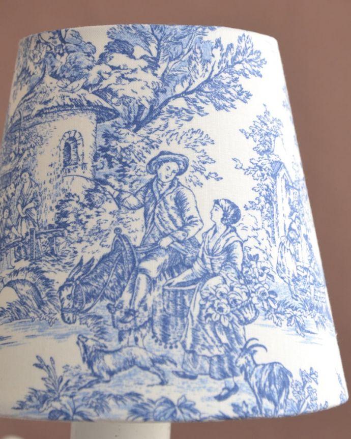 シャンデリア 照明・ライティング フランス風の5灯シャンデリア(トワルド・ジュイ・ブルー・電球セット)。トワル・ド・ジュイの布シェードマリーアントワネットも愛した魅惑のフランス伝統の生地、トワル・ド・ジュイ。(cr-538)