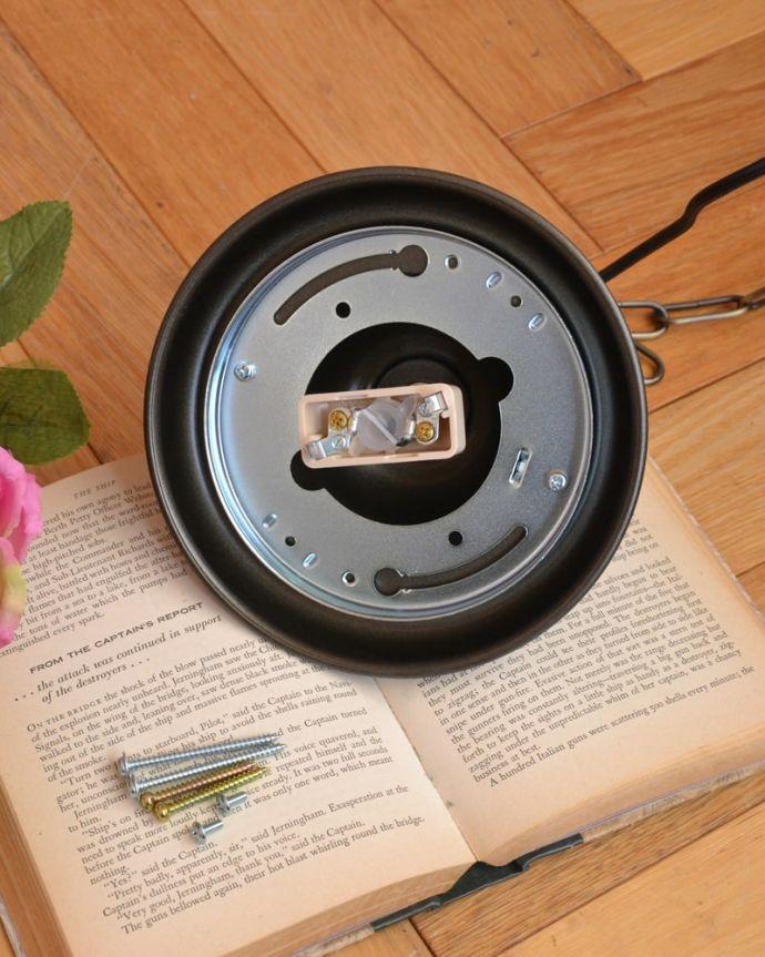 照明・ライティング シャンデリア3灯 引っ掛けタイプです取り付けが簡単な引っ掛けタイプで加工してあります。(cr-540)