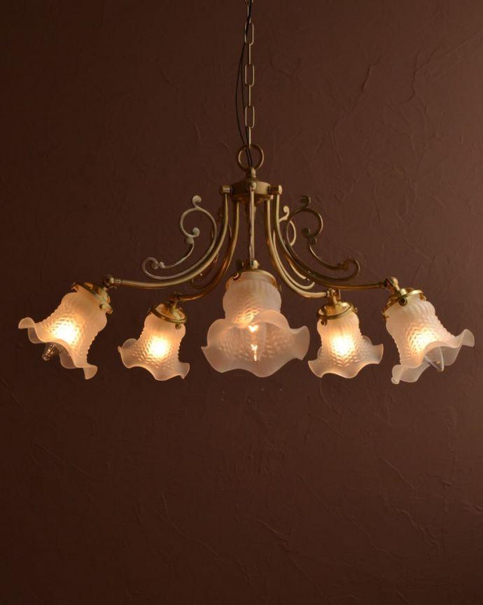 シャンデリア 照明・ライティング アンティーク風照明、小さなお花が咲いたようなシャンデリア(5灯・電球なし) (cr-548-g)