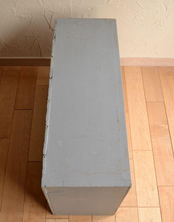 d-1025-f アンティークスモールキャビネット(グレー)の天板