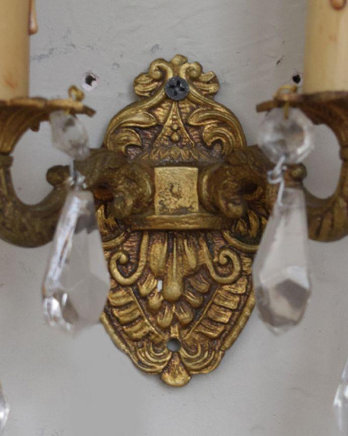 壁付けブラケット 照明・ライティング フランスアンティークのお洒落なウォールシャンデリア(E17シャンデリア球付)。装飾がとっても上品で洗練された美しさがあります。(d-1113-z)