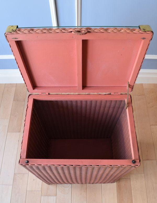 d-1153-f アンティークロイドルームランドリーボックス(ピンク)の箱内