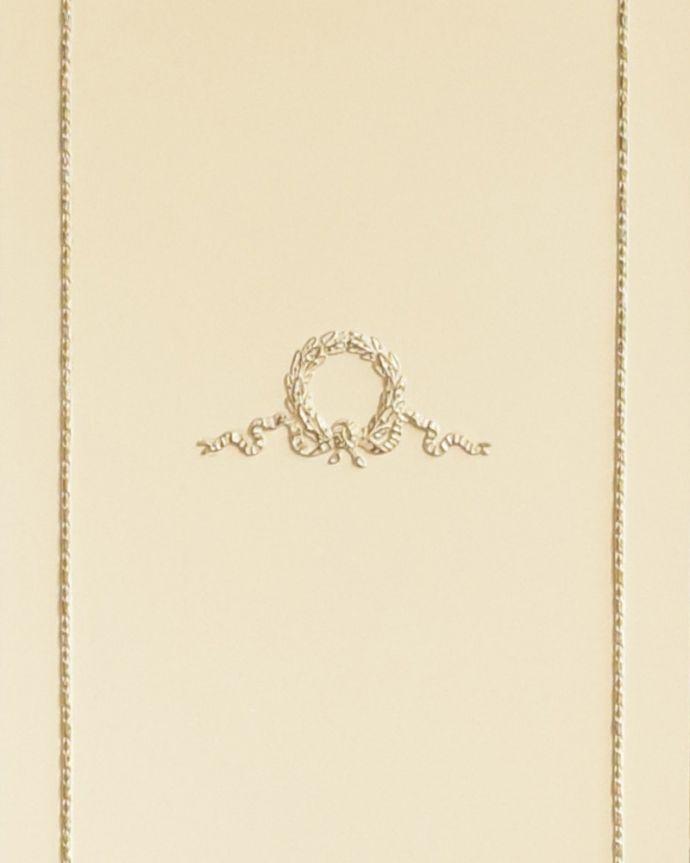 d-1226-f アンティークチェストの装飾