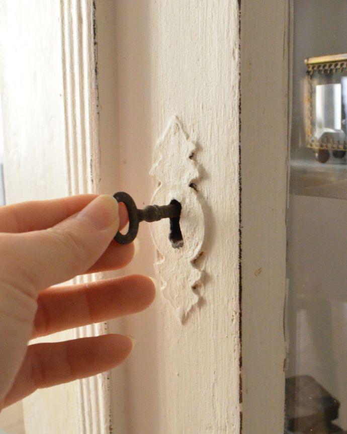 d-1240-f アンティークガラスキャビネットの鍵