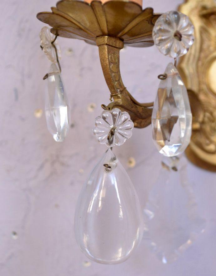 アンティークウォールシャンデリアの装飾