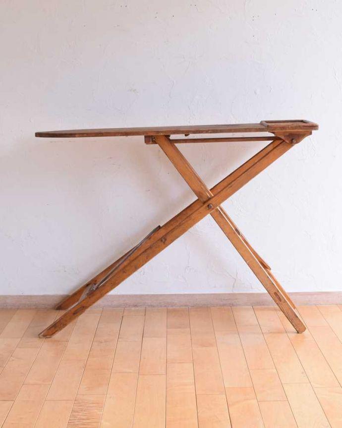 d-1326-f アンティークアイロンテーブルの正面