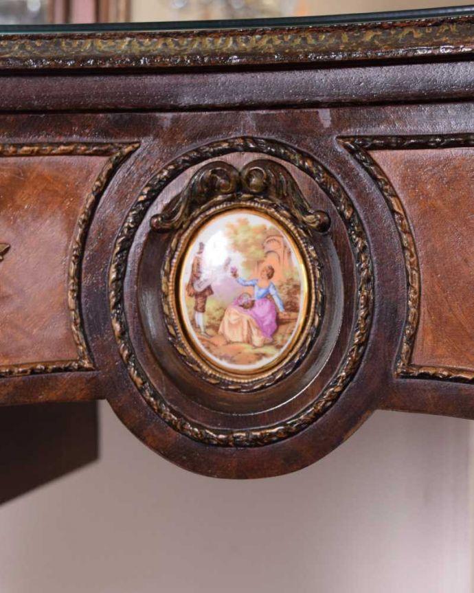 d-1357-f アンティークドレッシングテーブルの彫り