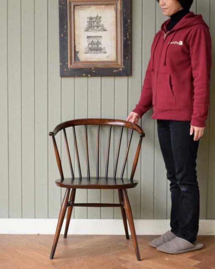 アーコールチェア アンティーク チェア 人気の北欧ヴィンテージ家具、アーコール スモーカーズチェア(アップルチョコ色・Highタイプ)。ムダのないシンプルさがカッコいい!ゆったりくつろげるアーコールチェア。(ear-12-p)