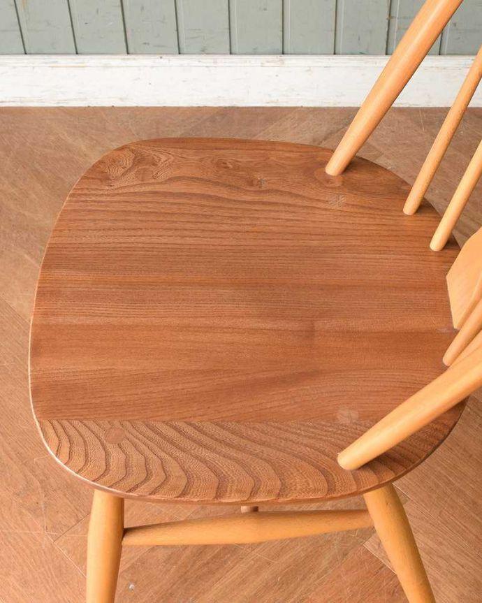 アーコールチェア アンティーク チェア アーコールのシスルバックチェア(カスタード色・ハの字脚・タグ付き・座面L)。ゆったり座れる大きな座面めずらしい大きなサイズの座面。(ear-18l-at)