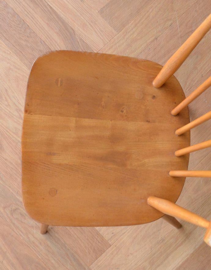 ear-9-at アンティーク アーコール ボウバックチェアの座面