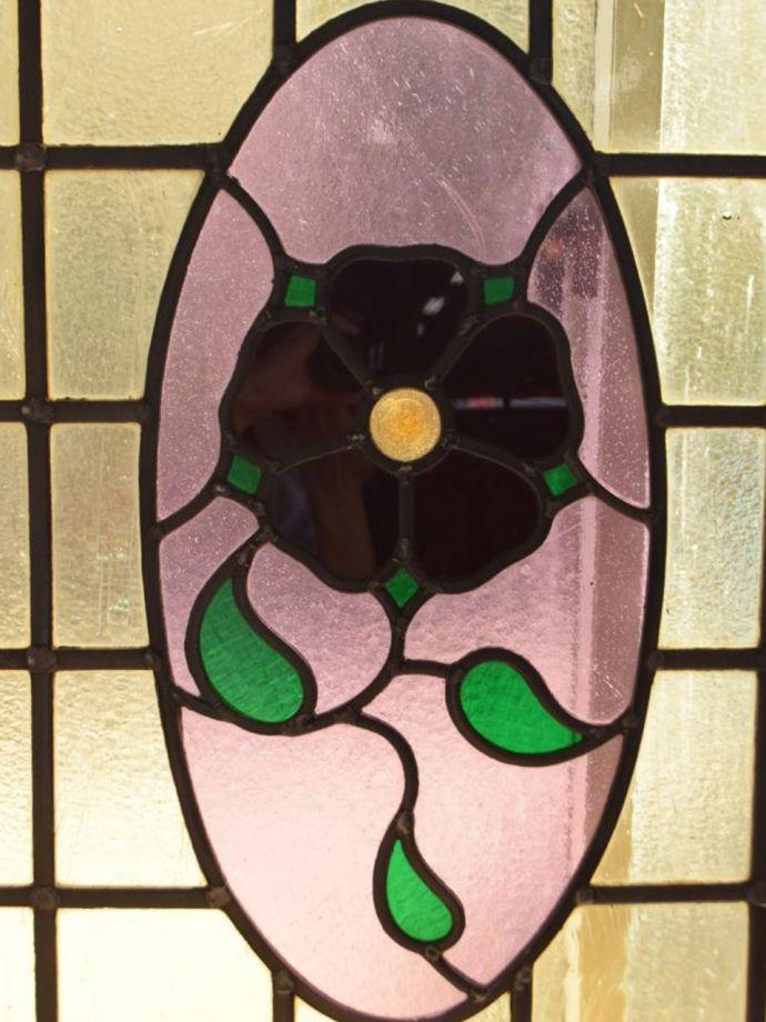 アンティーク ステンドグラス アンティーク雑貨 ステンドグラス 太陽の光を通してキラキラ輝くガラスやっぱり魅力はアンティークらしい美しい模様。(g-1249)