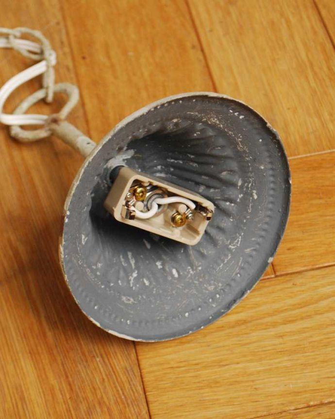 シャンデリア 照明・ライティング アンティーク風フレンチシャンデリア(WH)(3灯)(E17シャンデリア球付)。カバーも付いています。(gc-171)