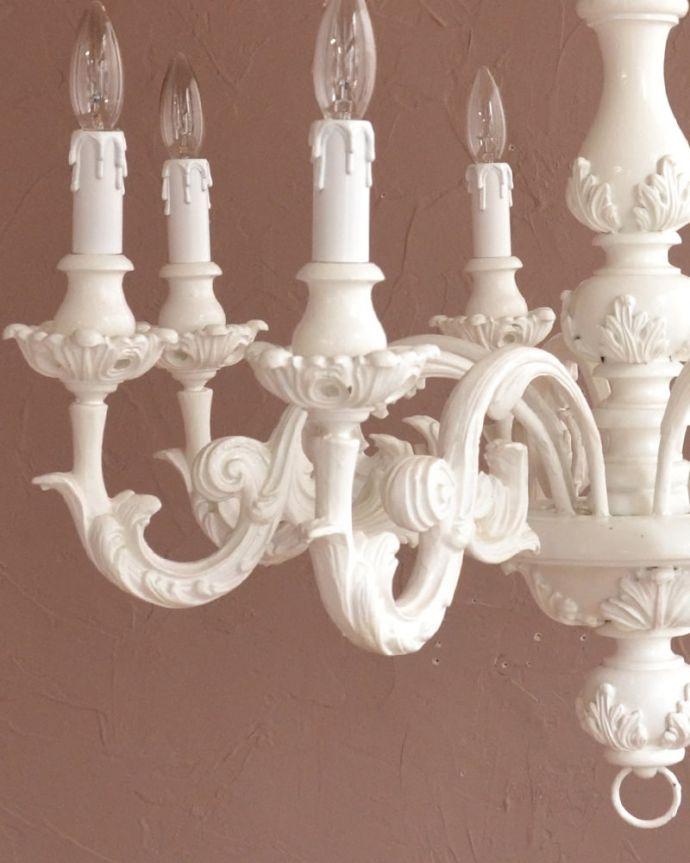 照明・ライティング シャンデリア まるでアンティークのような仕上げアンティークのように仕上げたアンティーク風の加工。(h-384-z)