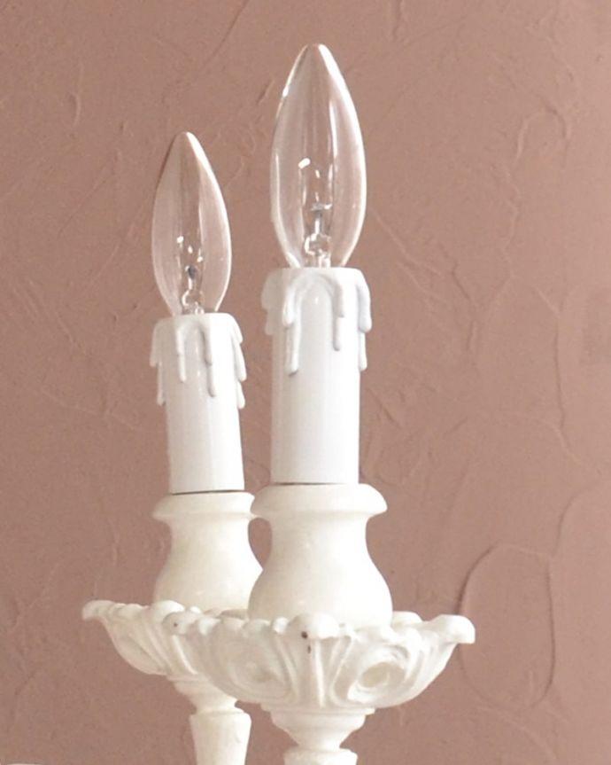 照明・ライティング シャンデリア LEDも使えます口金は100Wまで対応可能ですが、蝋管付きなので白熱球は40W以下がオススメです。(h-384-z)