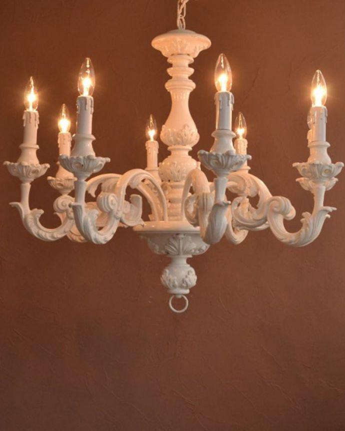 照明・ライティング シャンデリア 夜がくるのが、なんだか楽しみになる灯り暗くなって灯りを点ける時間が楽しみになるデザイン。(h-384-z)