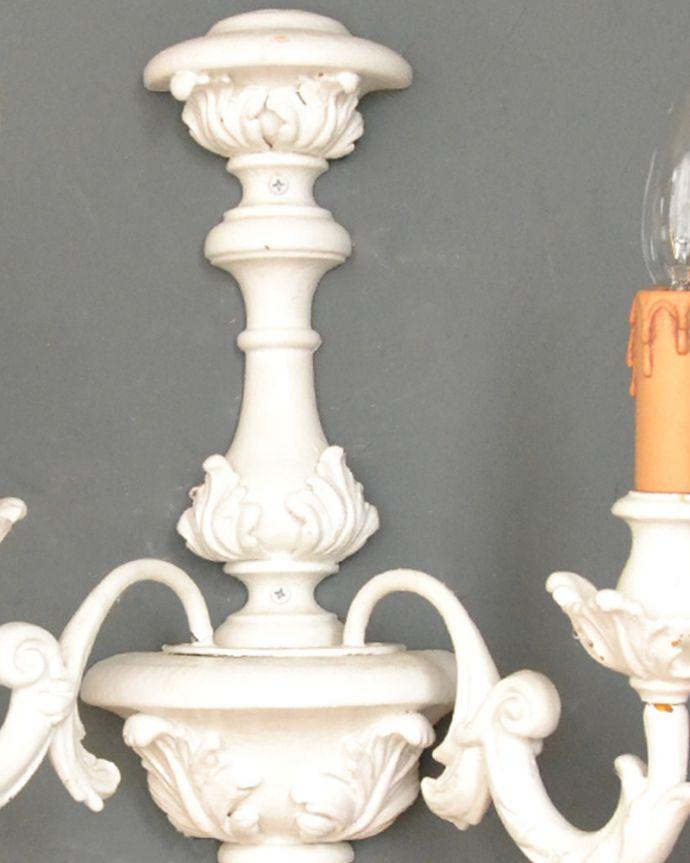 壁付けブラケット 照明・ライティング まるでフランスで見つけたようなアンティーク風のウォールブラケット(E17シャンデリア球2個付)。。(h-385-z)