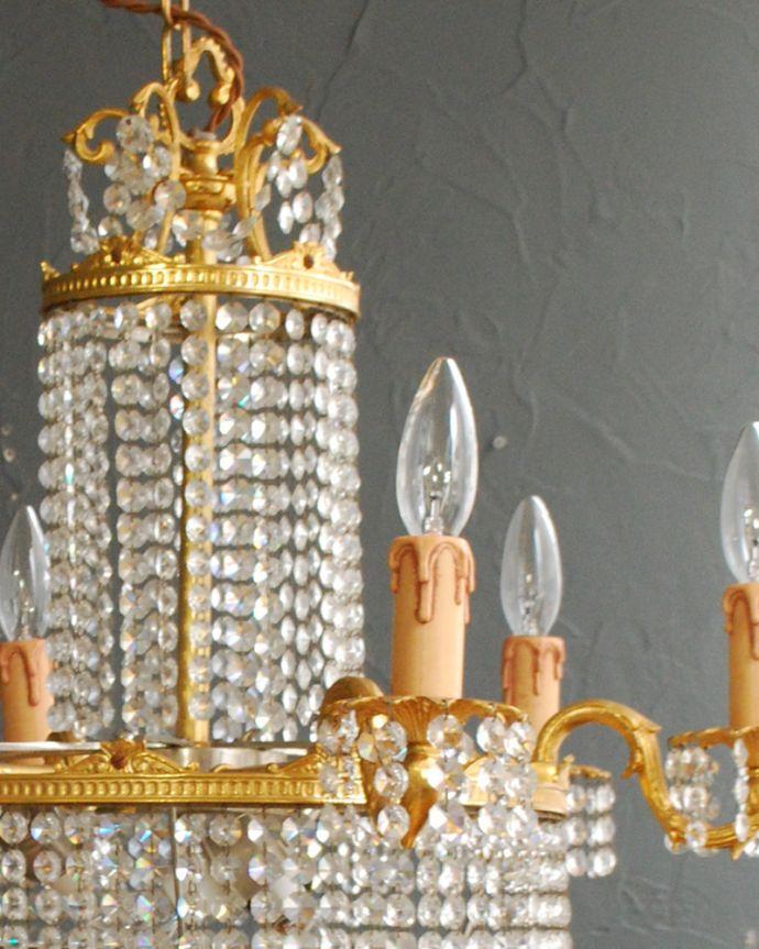 シャンデリア 照明・ライティング ガラスのビーズがキラキラ輝くフランスアンティークのシャンデリア(E17シャンデリア球9個付)。。(h-726-z)