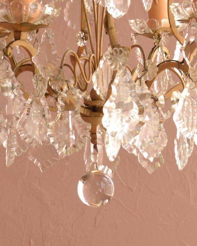 シャンデリア 照明・ライティング フランスで買い付けたアンティークシャンデリア(4灯タイプ)(E17シャンデリア球付) 。。(h-728-z)
