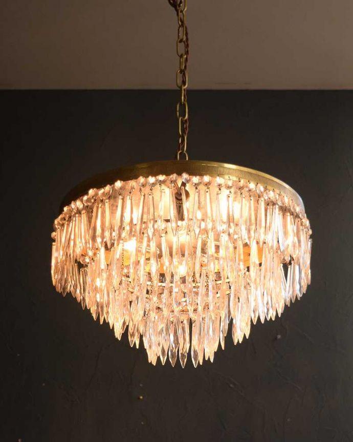 シャンデリア 照明・ライティング フランスから到着した優雅な美しいアンティークシャンデリア(4灯)(E17シャンデリア球付) 。。(h-748-z)