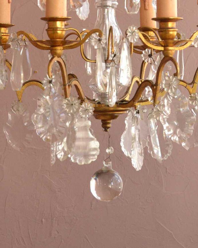 シャンデリア 照明・ライティング ガラスコラムが付いたフランス輸入のアンティーク シャンデリア(6灯)(E17シャンデリア球付)。。(h-757-z)