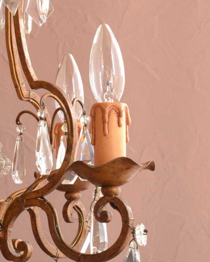 シャンデリア 照明・ライティング フランスで買い付けたアンティークシャンデリア(4灯タイプ)(E17シャンデリア球付) 。。(h-767-z)
