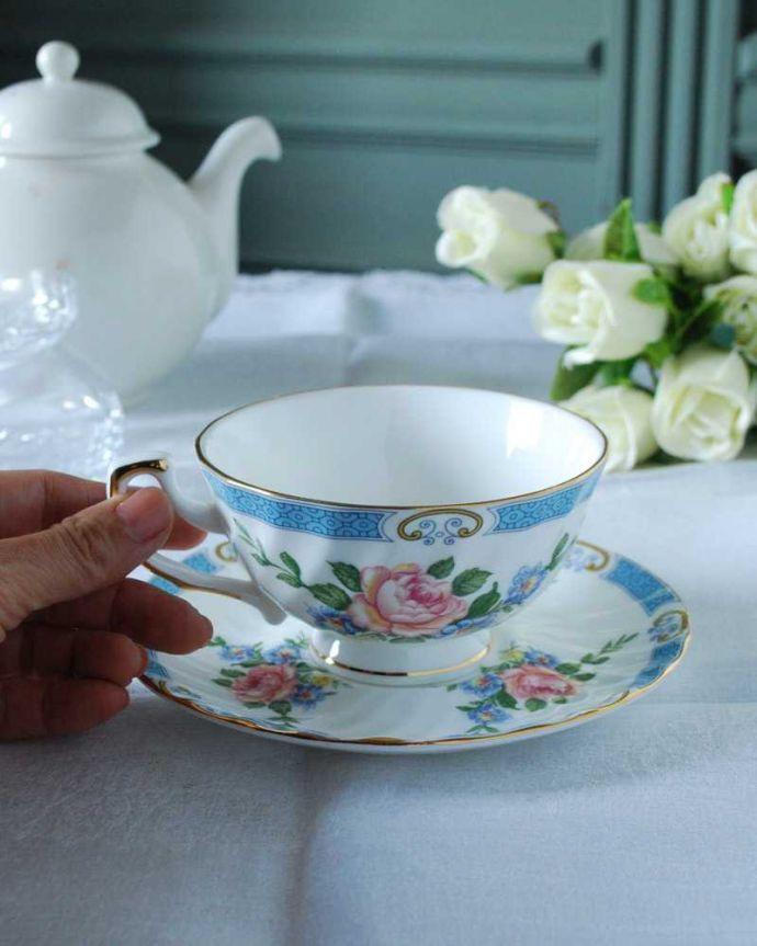 アンティーク 陶磁器の雑貨 アンティーク雑貨 ピンクバラがエレガント、イギリスから届いたアンティークカップ&ソーサー 。お茶の時間をもっと優雅に・・・眺めているだけじゃもったいないので、実用的に使って下さい。(h-831-z)