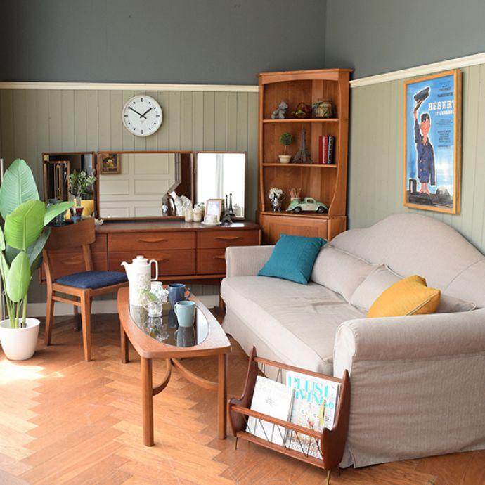 オリジナルソファ アンティーク風 お家の洗濯機で洗えるHandleオリジナルのリネンソファ。北欧スタイルの部屋シンプルな北欧スタイルの家具との相性もバッチリ!背もたれの曲線が、柔らかくあたたかい雰囲気を作ってくれます。(hos-100)