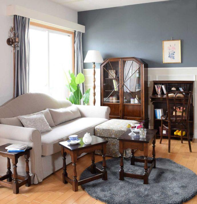 英国アンティーク家具に似合うソファ
