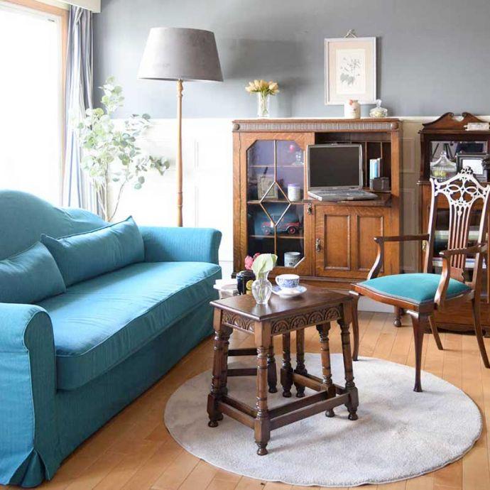イギリスの家具に似合うソファ(ブルーパン)
