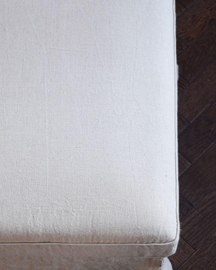 アンティーク風の椅子 アンティーク風 お家の洗濯機で洗えるHandleオリジナルスツール しなやかで柔らかいリネン使えば使うほどに柔らかく、風合いを増すリネンにこだわりました。(hos-200)
