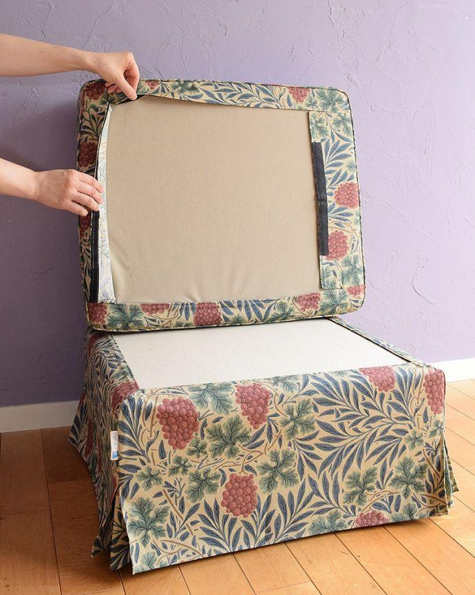 アンティーク風の椅子 アンティーク風 お家の洗濯機で洗えるHandleオリジナルスツール お家の洗濯機でジャブジャブ洗えますカバーは外してお家の洗濯機で丸洗いできるので、ジュースやお菓子をこぼしたり、汗をかいた後でも大丈夫!乾きも早いです。(hos-200)