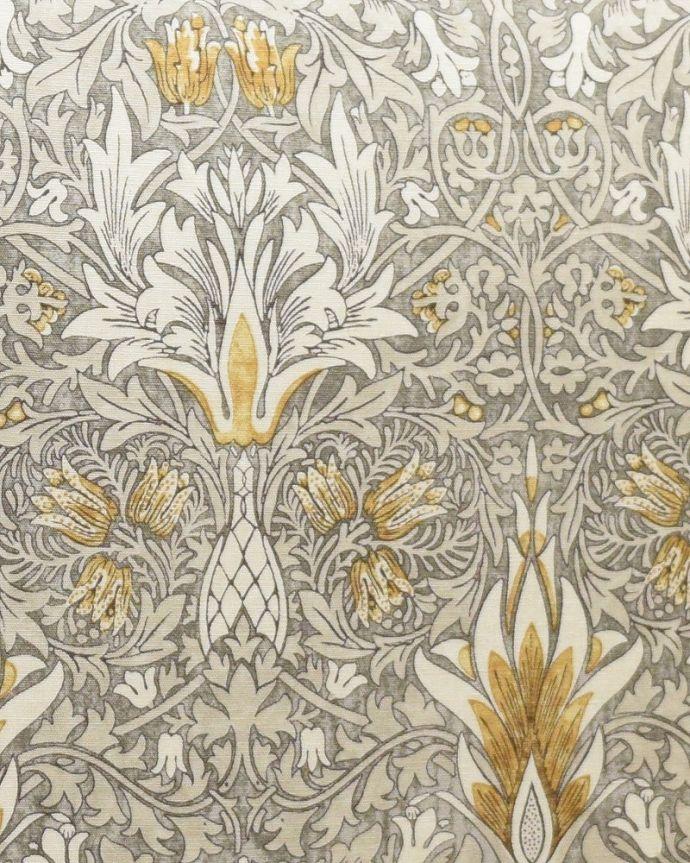 アンティーク風の椅子 アンティーク風 ウィリアムモリスの生地が美しいHandleオリジナルスツール「Marie(マリー)」 スネークヘッドインドのテキスタイルに影響を受けたデザインで、釣鐘状に描かれたお花がモチーフとなっています。(hos-201)