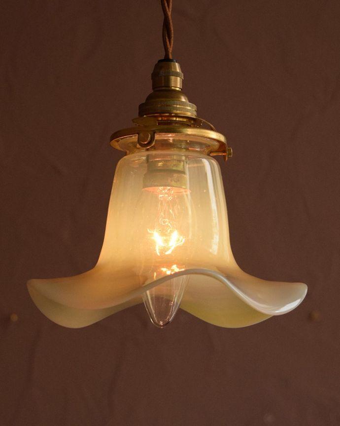 ペンダントライト 照明・ライティング ランプシェード お部屋のアクセサリーに使って欲しいアンティーク照明器具の中で気軽に使いやすいペンダントライト。(j-179-z)