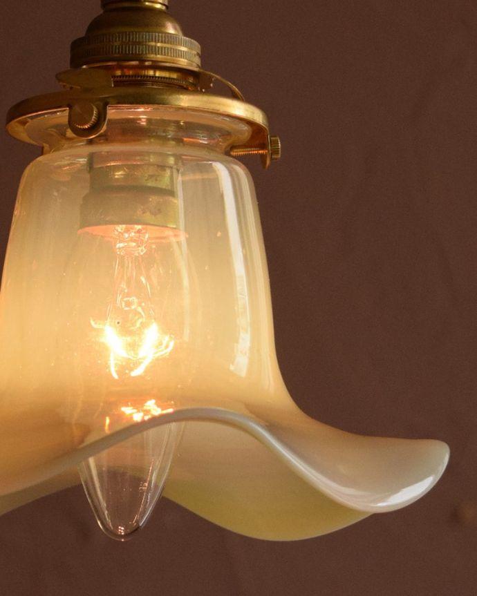 ペンダントライト 照明・ライティング ランプシェード 使えるものだけ選んできましたアンティークなのでキズや汚れ、カケなどは必ずありますが、使えると判断したものだけを吟味して選んできました。(j-179-z)
