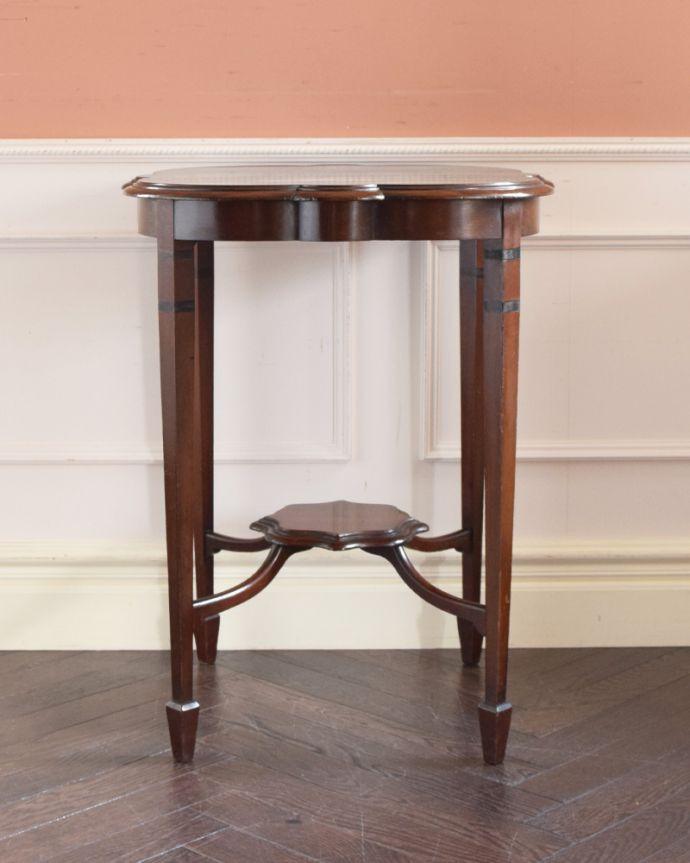 j-1813-f アンティークオケージョナルテーブルの正面