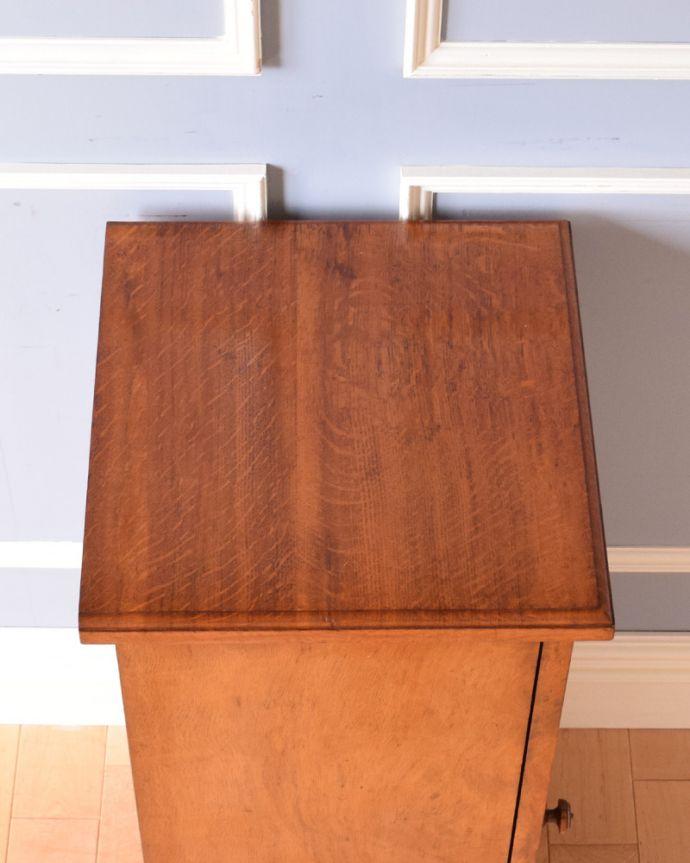j-1852-f アンティークナイトテーブル(ベッドサイドキャビネット)の天板