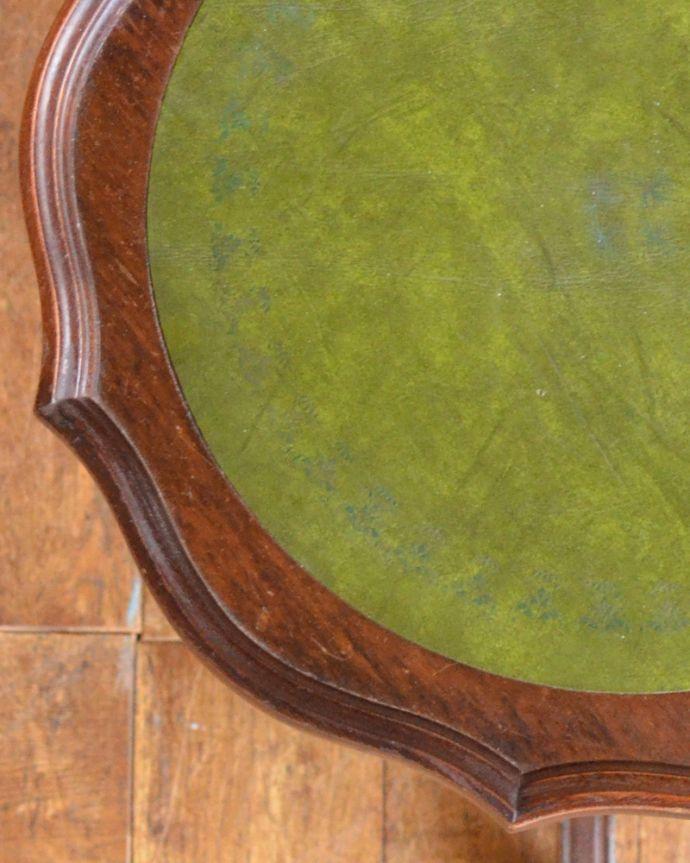 j-1853-f アンティークワインテーブルの角