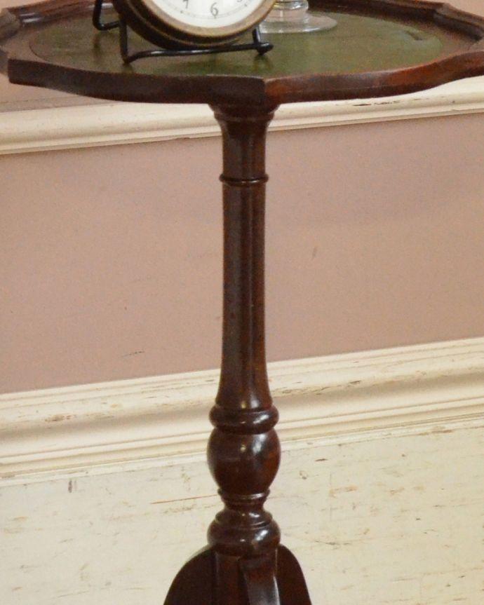 j-1853-f アンティークワインテーブルの彫り